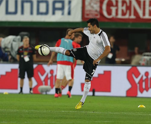 FIFA_WC-qualification_2014_-_Austria_vs._Germany_2012-09-11_-_İlkay_Gündoğan_03